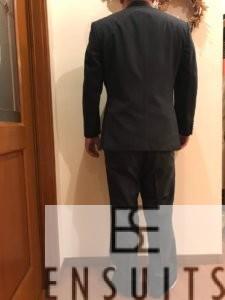 男性スーツ後