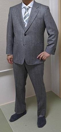 スーツ男性